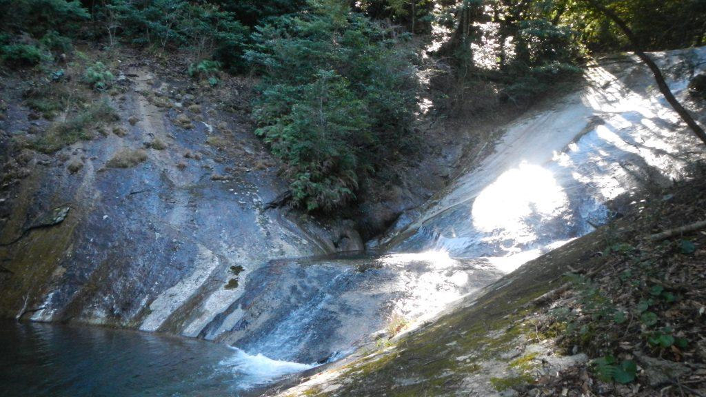 おしどりの滝